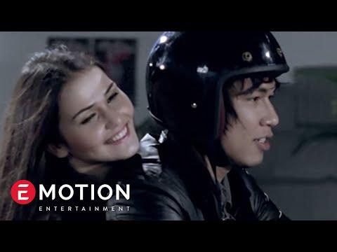 Armada   pemilik hati  official music video