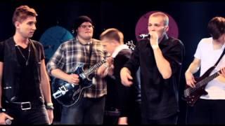 """Põhja-Tallinn ja Artjom Savitski """"Armupalavik"""" (R2 Live 2012)"""