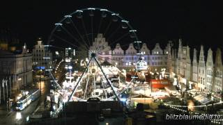 preview picture of video 'Stock Footage Europe Germany Merry Christmas Market Mecklenburg Rostock Weihnachtsmarkt Xmas Navidad'