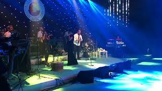 Işın Karaca - Sevmekten Anladığım ( Sakarya Konseri)