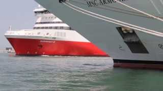 preview picture of video 'Superfast XI Porto di Ancona [720p]'