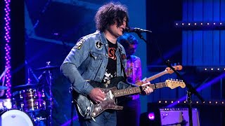 Ryan Adams Performs 'To Be Without You'