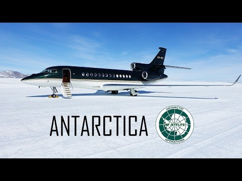 Jetflite's Falcon 7X at Antarctica
