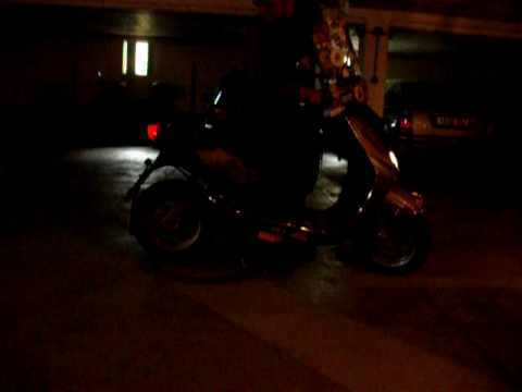Yamaha Neo`s 50 Startversuch ohne Auspuff