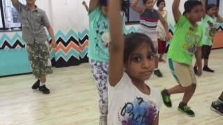 Danceoholics kids sham shandar choreography