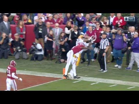 Randy Moss' Son Thaddeus Moss Makes Ridiculous Sideline Catch vs. Alabama