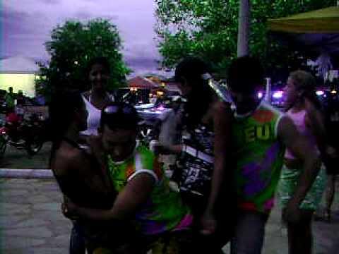 carnaval em minaçu 2009 (galerá do Ipiranga)