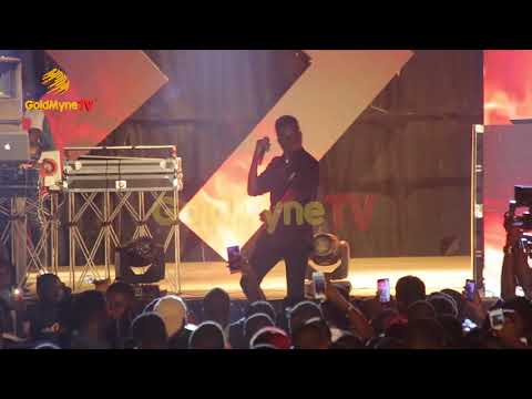 KENNY BLAQ'S PERFORMANCE AT DJ KAYWISE JOOR CONCERT SEASON 4