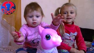 Влог Покупаем Подарок для Арины Едем в Гости на Трамвае Видео для детей МНОГО ИГРУШЕК
