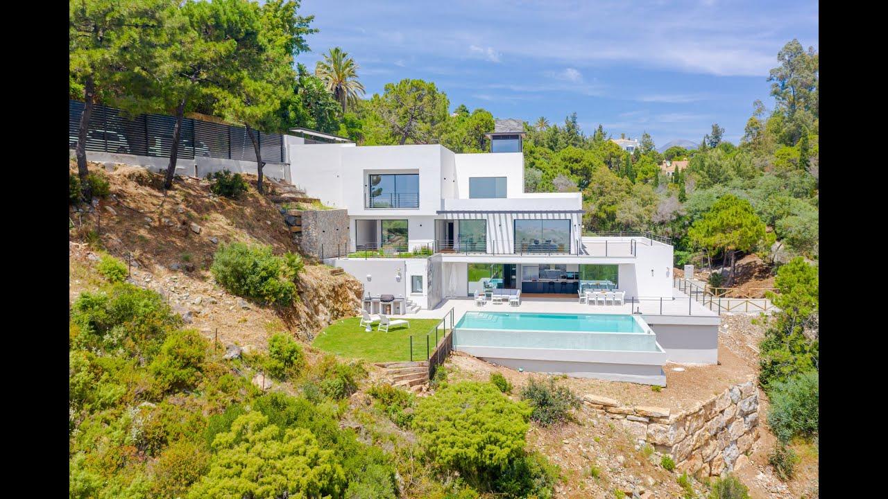 Custom brand new 6 bedroom villa with jaw-dropping views for sale in El Madroñal, Benahavis