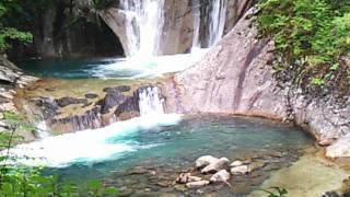 旅レポ【山梨県】初夏の新緑に映える西沢渓谷と七ツ釜五段の滝