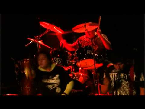 "Angel Roze ""breakdown""  opening show for Sid Wilson from Slipknot 5-30-12*D-Rock does a front flip"