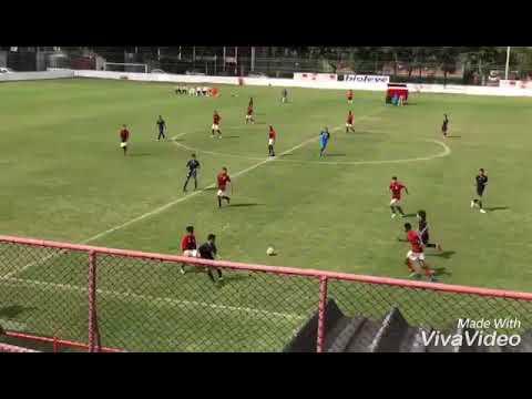 Lance do jogo entre BARRA DA TIJUCA X FLAMENGO pelo sub 14