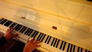 Gambar cover Dolly Parton's Here You Come Again (solo piano version)