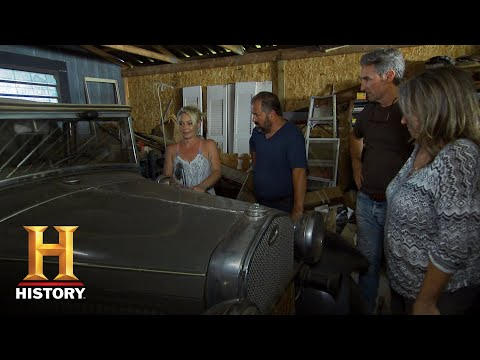 american-pickers-savannah-pitches-her-pouting-truck-to-frank-s18-e-8--history