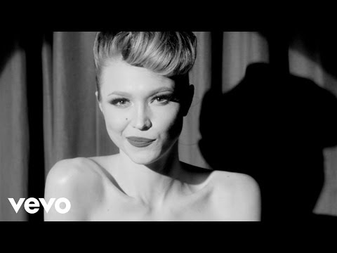 Hot Damn (Song) by Ivy Levan