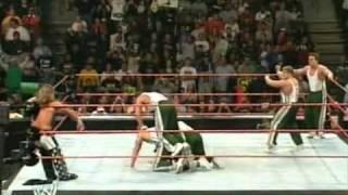 Shawn Michaels vs. The Spirit Squad WWE Raw 5 on 1 Handicap Match 22.05.2006