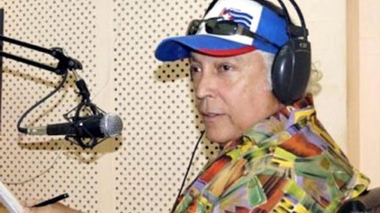 Confieren premio artista de mérito de la radio al locutor José  Rodríguez  Quiñones de Radio Bayamo
