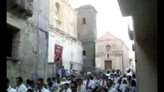 preview picture of video 'Formicola Inizio processione 2008'