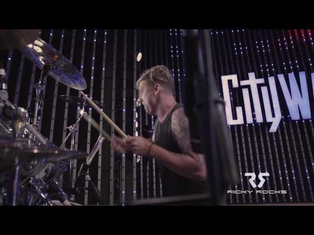 RICKY ROCKS LIVE ON DRUMS w/DJ NEL @ CITYWALK (Universal Studios Hollywood)
