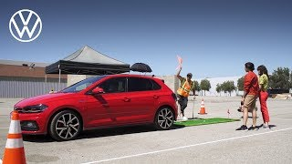 YouTube Video sBQTgE7PdGc for Product Volkswagen Golf (8th gen) by Company Volkswagen in Industry Cars