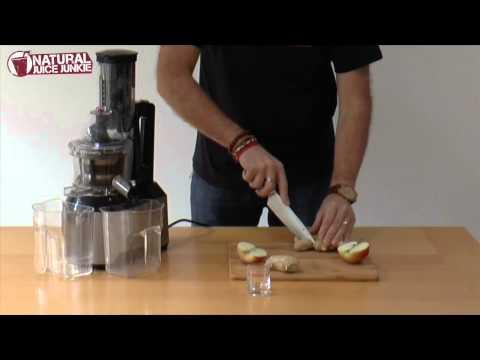Juicing: Ginger Slammer in the Optimum 600 Big Mouth Cold Press Juicer