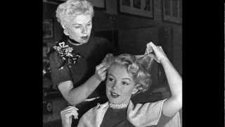 Marilyn Monroe - Hair & Make Up Candids ,  By André De Dienes.