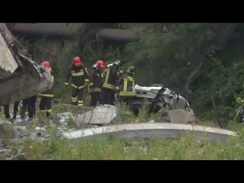 Fury after Italian bridge collapse kills 39