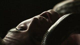 Kadr z teledysku Death Of Me tekst piosenki PVRIS