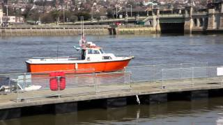 preview picture of video 'The Medway at Rochester.mp4'