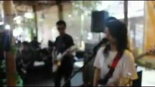 KYUU-J -_- Oh My God (Cover YUI) Hotel Holiday In Jogja