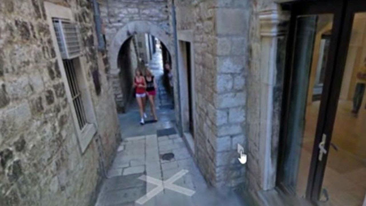 Bagian Tubuhnya Terlihat Aneh, Seorang Wanita yang Tercantum di Google Maps Dijuluki Mutan