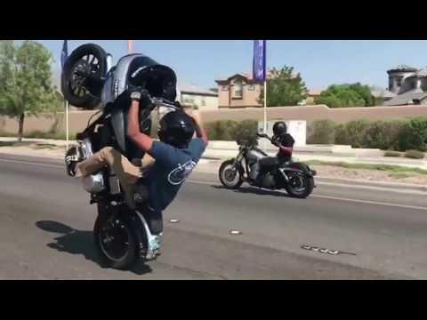 mp4 Harley Jumping, download Harley Jumping video klip Harley Jumping