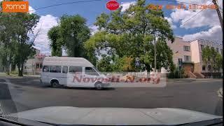 Как ездят в Николаеве: маршрутка «на красный». Видео