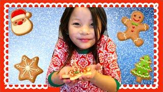KID BAKES CHRISTMAS COOKIES