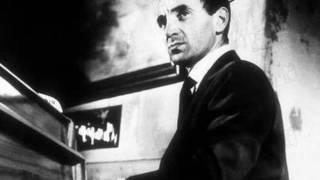 Charles Aznavour     -      La Ville