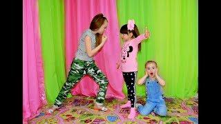ОЧЕНЬ НАГЛЫЕ МАЛЯВКИ . Дети играют весь день . Kids Diana Maria