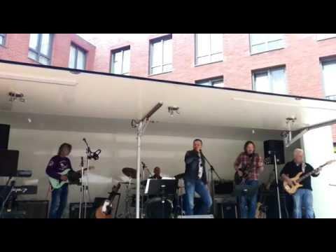 Innocent Bystanders spelen op 'rocknight' bij Nirwana in Dronten