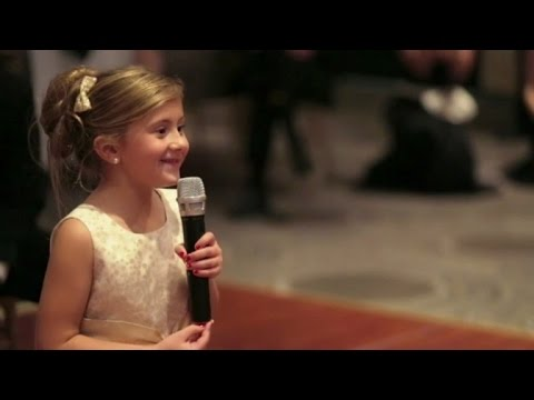6-Year-Old Flower Girl Surprises Bride And Groom With Adorable Performance Mp3