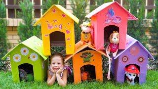 Настя и папа строят домики для собак / Nastya and papa makes playhouses for toys