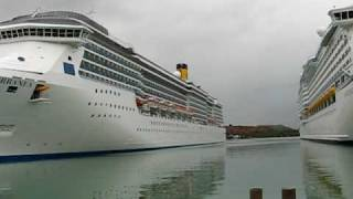 preview picture of video 'Cruise ship port at St Johns-MVI_4650.AVI'