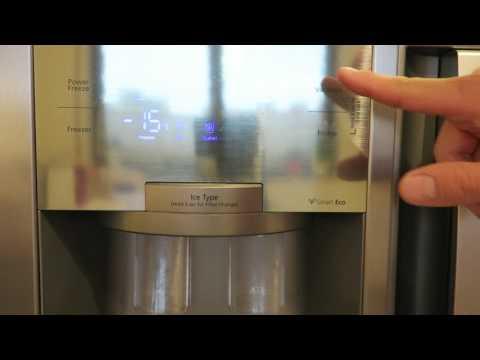 Samsung RS 7778 Side-by-Side - Bedienfeld, Eis- und Wasserausgabe
