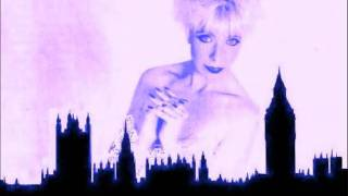 'Rockin' Back Inside My Heart' - Julee Cruise (Live In London)