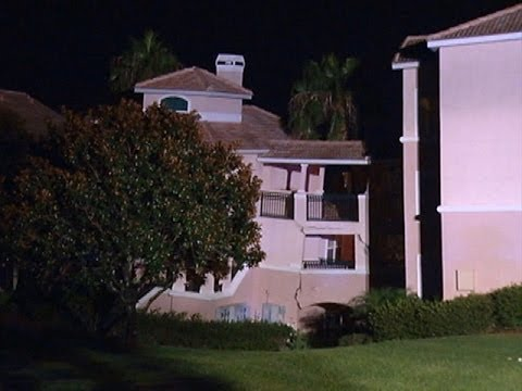 Sinkhole Swallows Hotel in Minutes