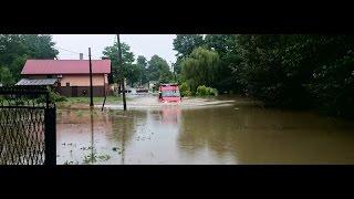 preview picture of video 'Podtopienia w wyniku gwałtownej ulewy Jawiszowice.'