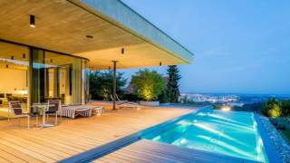 Night On The Terrace 223