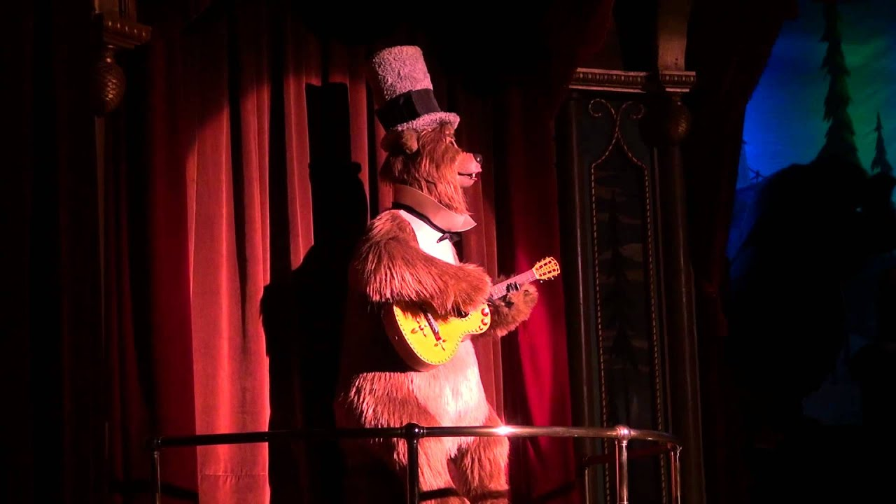 Country Bear Jamboree multi-angle