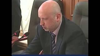 Кличко ТУПИТ - Турчинов Послал его.