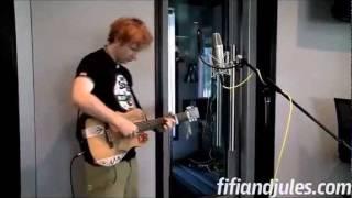 Ed Sheeran - Wonderwall Acoustic - Oasis Cover - Traduida Al Català