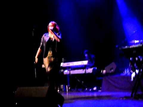Faith Evans Intro (Live at the Indigo2) 05/12/10